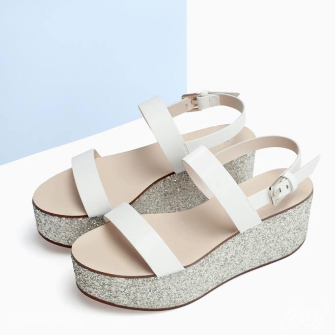 Sandália flatform Zara.